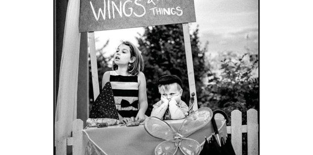 Review: Billy Momo – Umbrellas, wings and magic things