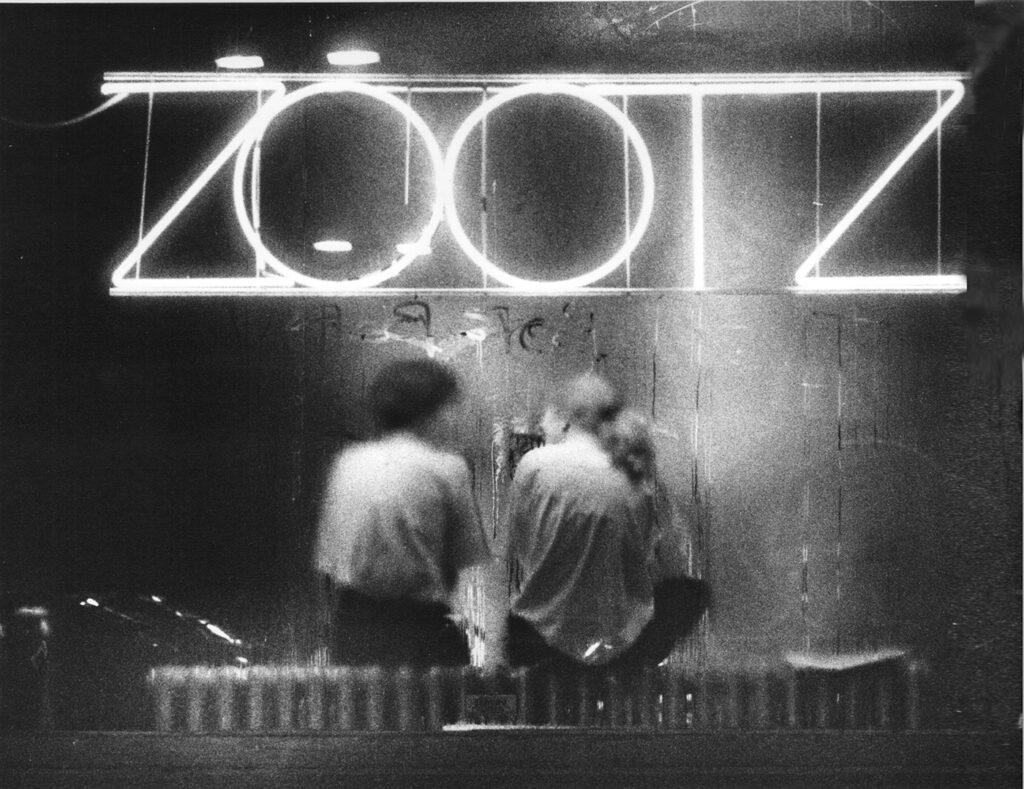 The original Zootz neon sign in 1989. Gordon Chibroski/Staff Photographer