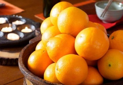 Oranges-for-Chinese-New-Year-Dinner-Party-571x800